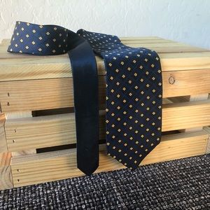 Lot of 2 ties, Calvin Klein and Tommy Hilfiger